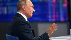 Шелин: рост критики в адрес Путина становится испытанием для системы