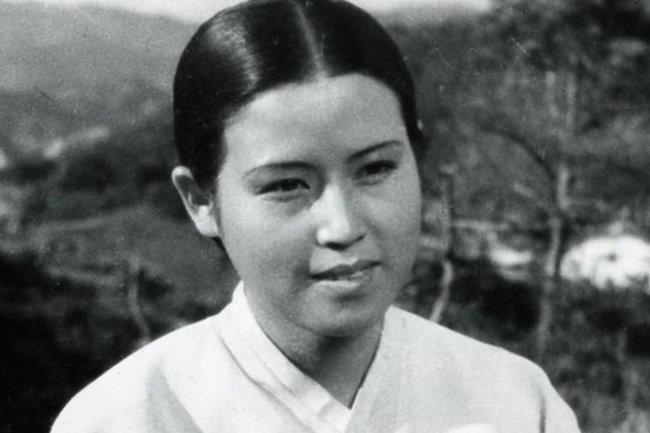 Звезда северокорейского счастья: шпионская история актрисы Че Йын Хи