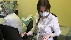 Более 100 молодых медиков выйдут на работу в поликлиники Хабаровского края