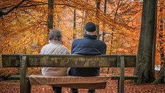 Что скрывается за внешней заботой о пенсионерах