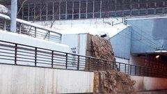 Тушинский тоннель вМоскве затопило, движение перекрыли (ВИДЕО)