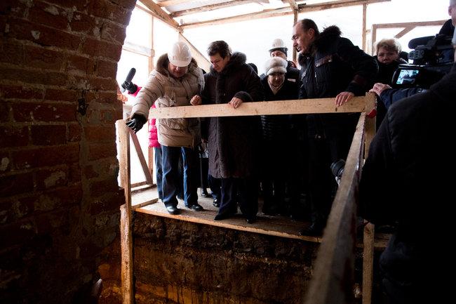 Губернатор Владимирской области Светлана Орлова проинспектировала ход масштабных реставрационно-ремонтных работ в Гороховце.