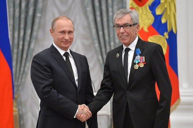 Юрий Николаев (справа) и Владимир Путин