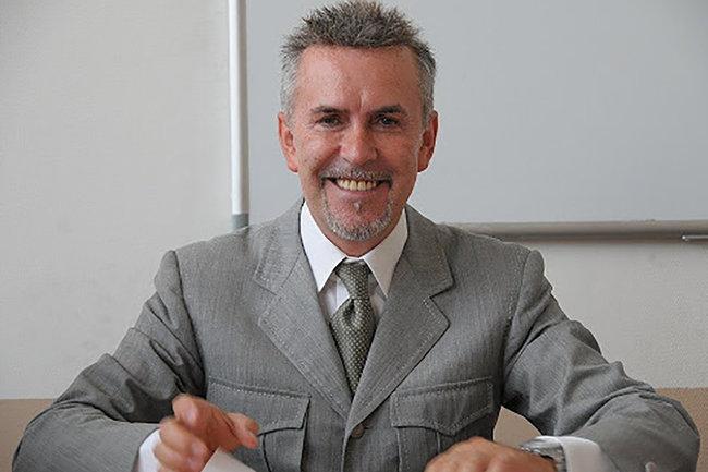 Альвиеро Мартини