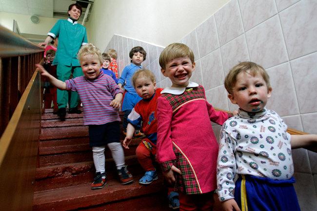 дети усыновление псковская область залу прокатился