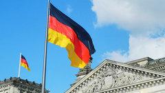 Глава МВД Германии рассказал о работе с Ангелой Меркель
