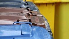 Штрафы завывоз мусора заморозили вПерми