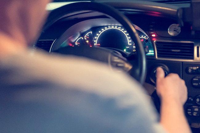 Московские власти  обсуждают возможность продления водительских прав автоматом