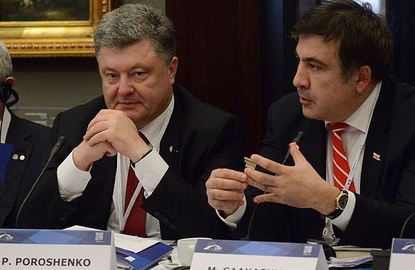 Михаил Саакашвили (справа) и Петр Порошенко