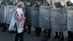 Женщины в Белоруссии снова протестуют против Лукашенко