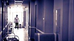 Уволен главврач больницы, где медбратья пинали пациента-пенсионера