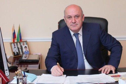 Раджеп Абдулатипов
