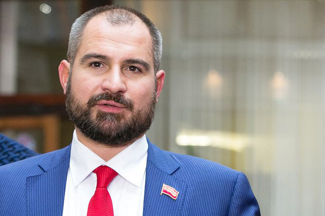 Максим Сурайкин