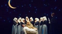 Театральный фестиваль под руководством Сергея Безрукова открылся в Севастополе