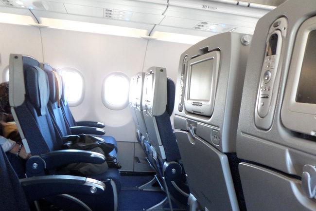 Самолет, летевший из Домодедово в Турцию, совершил экстренную посадку в Одессе
