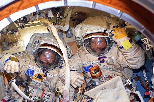 Российские космонавты установили рекорд пребывания в открытом космосе