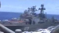 Появилось видео сближения кораблей РФ и США в Филиппинском море