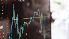 Цены на нефть развернулись вверх после недавнего резкого падения