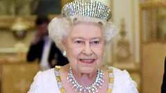 Королева Великобритании поздравила Путина с Днем России