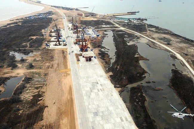 Размещено фото на100% готового отрезка Крымского моста