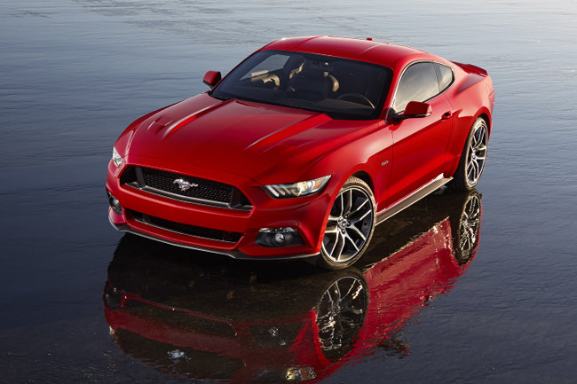 a look at the unique features of the mustang Motor trend reviews the 2013 ford mustang where consumers the gt premium includes all gt features and the boss 302's unique.