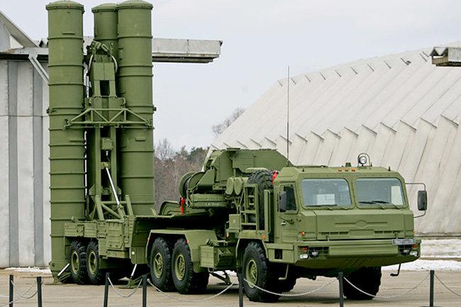 Средство от горячих голов: зачем в Крым перебрасывают новые С-400