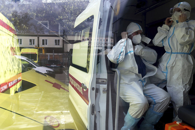 коронавирус ковид врач скорая пандемия