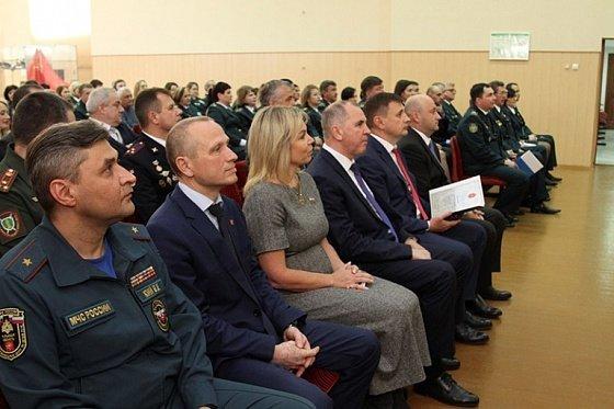 Глава Тулы Ольга Слюсарева поздравила таможенников с профессиональным праздником.