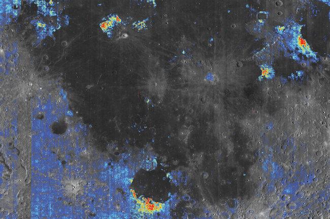 Карта распределения лунных вулканических пород, обогащенных водой. (с) Milliken Lab / Brown University