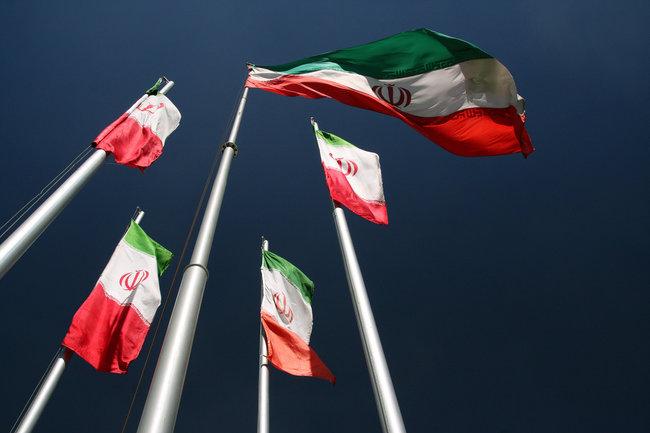 Иран призвал РФ и КНР совместить усилия попротивостоянию США