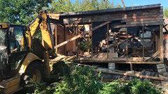 В Сургутском районе сносят аварийные дома