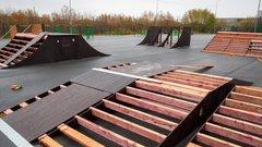 Подрядчик начал возводить новый скейт-парк в Салехарде