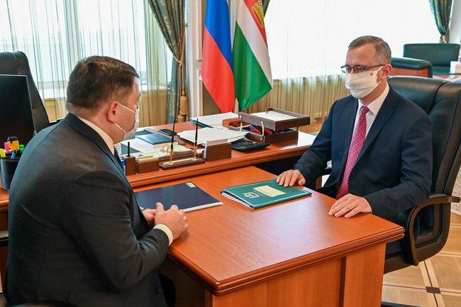 Владислав Шапша провел рабочую встречу с председателем ПАО «Промсвязьбанк»