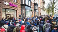 Почему в России не пользуются спросом новые iPhone - Муртазин