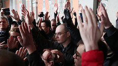 Какая связь между протестами в Екатеринбурге и конкурсом «Голос. Дети» - мнение