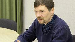 Новосибирский активист обвинил депутата в заказе поджога и ограбления