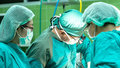 врач операция