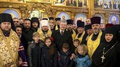 Порошенко и братва: «все верующие теперь в сборе»