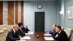 Министр строительства и ЖКХ Ирек Файзуллин встретился с губернатором Калужской области Владиславом Шапшой
