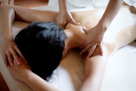 Эротический массаж с тайцами индивидуалки город уссурийск