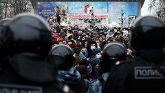 Протесты в России задавят «по-европейски»