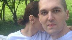 «Когда знаешь любовницу мужа в лицо»: жена Картрайта вела блог об изменах