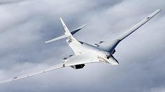 «Сигнал для США»: военный эксперт об отправке российских бомбардировщиков в Венесуэлу