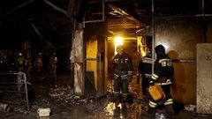В Ноябрьске неизвестные подожгли два торговых центра