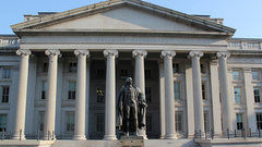 Российский банк попал под санкции против КНДР