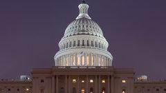 США отложили новые санкции против Москвы, но ситуация напряженная - мнение