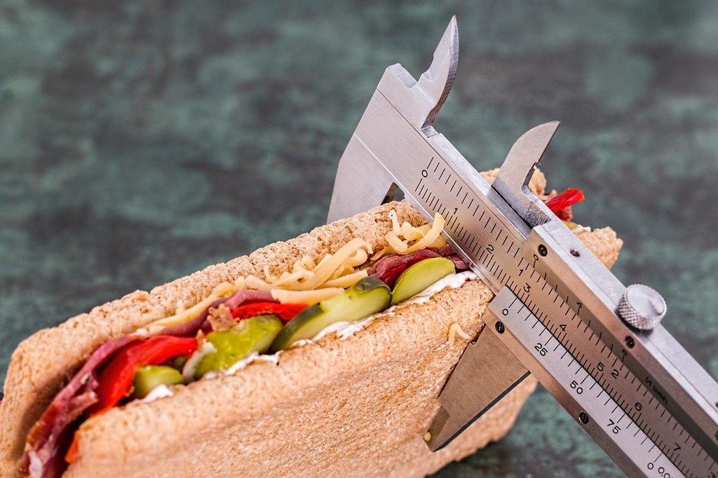 Хотите похудеть? Пора измерять количество калорий!