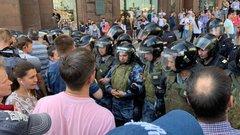 Явлинский: власти развернули спецоперацию для удушения протеста взародыше