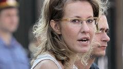 Защита Собчак пожаловалась в суд на следователей