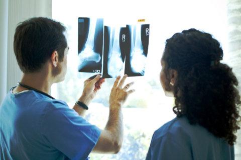 Может ли рентген не показать перелом позвоночника